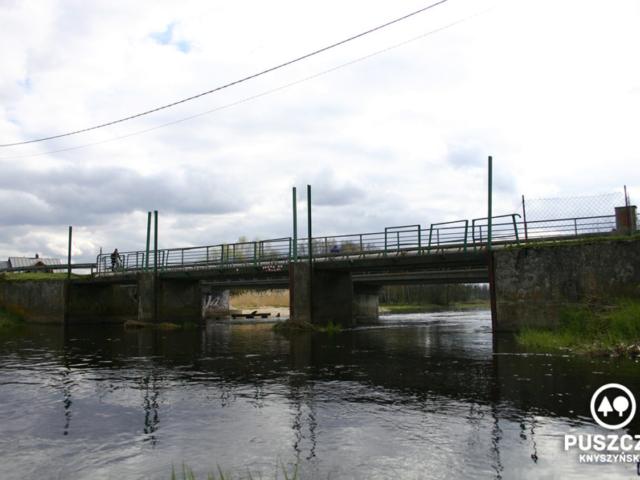 Most w miejscowości Nowodworce   Rzeka Supraśl - Puszcza Knyszyńska