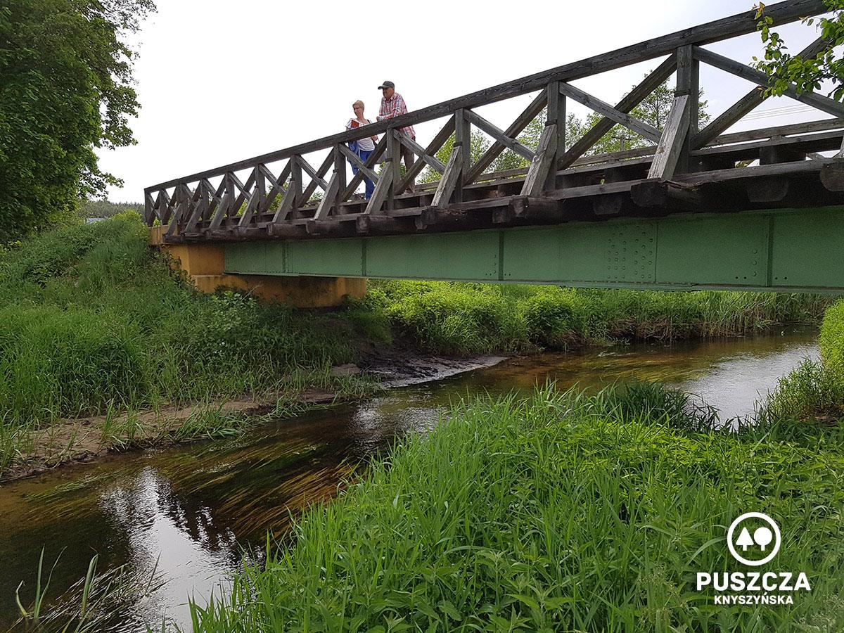 Spływ kajakowy rzeką Płoską - Puszcza Knyszyńska   www.puszczaknyszynska.com.pl